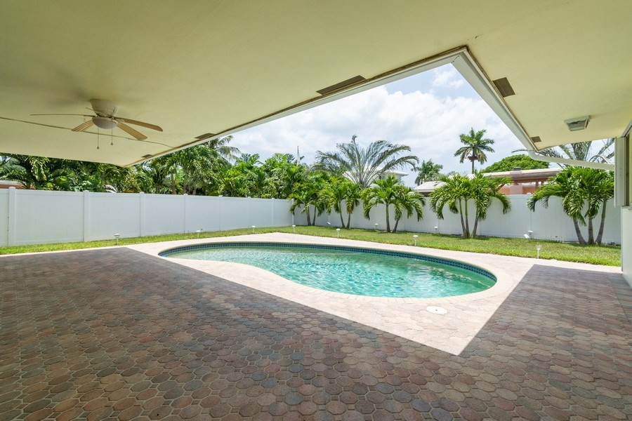 Real Estate Photography - 2150 NE 65th Ct, Fort Lauderdale, FL, 33308 - Patio
