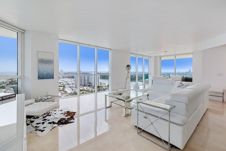 Real Estate Photography - 101 S. Fort Lauderdale Beach Blvd, APARTMENT 2107, FORT LAUDERDALE, FL, 33316 - Living Room