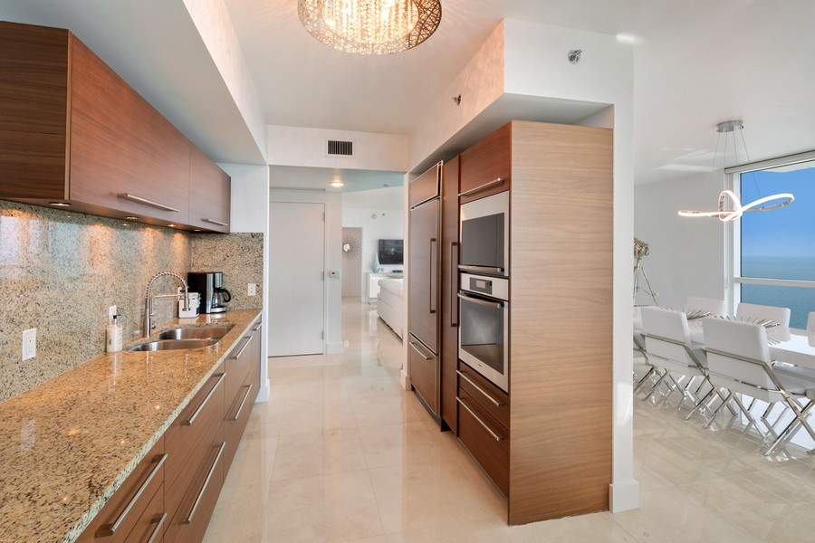 Real Estate Photography - 101 S. Fort Lauderdale Beach Blvd, APARTMENT 2107, FORT LAUDERDALE, FL, 33316 - Kitchen