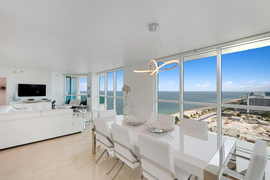 Real Estate Photography - 101 S. Fort Lauderdale Beach Blvd, APARTMENT 2107, FORT LAUDERDALE, FL, 33316 - Dining Room