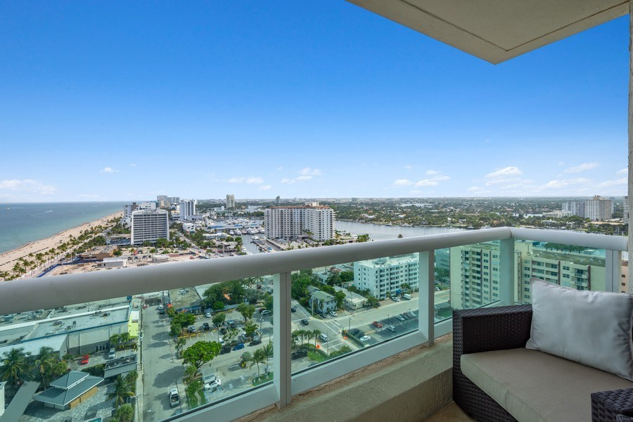 Real Estate Photography - 101 S. Fort Lauderdale Beach Blvd, APARTMENT 2107, FORT LAUDERDALE, FL, 33316 -