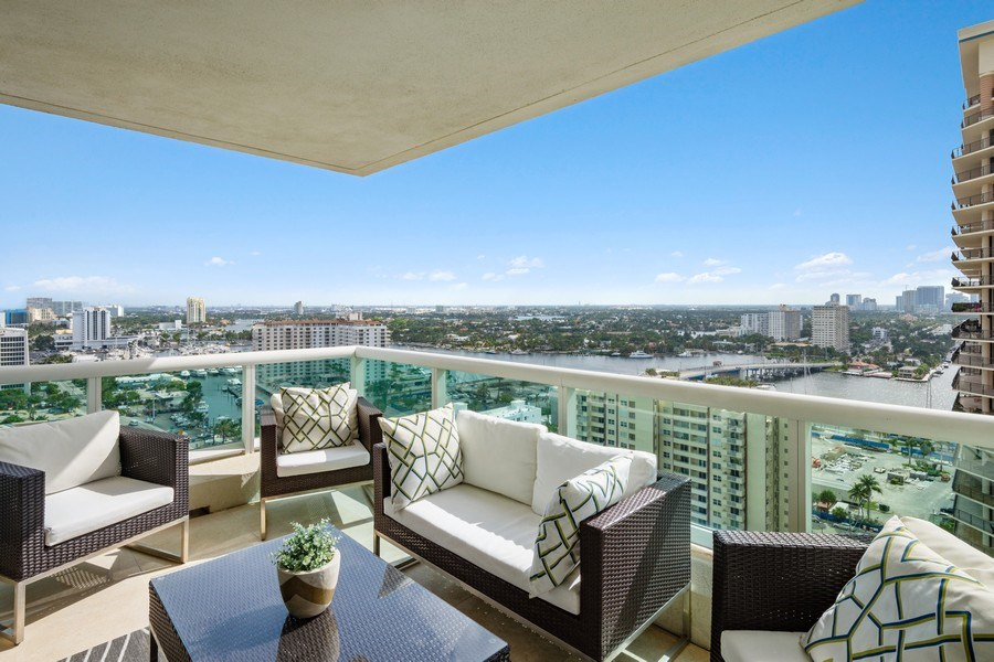 Real Estate Photography - 101 S. Fort Lauderdale Beach Blvd, APARTMENT 2107, FORT LAUDERDALE, FL, 33316 - Front View