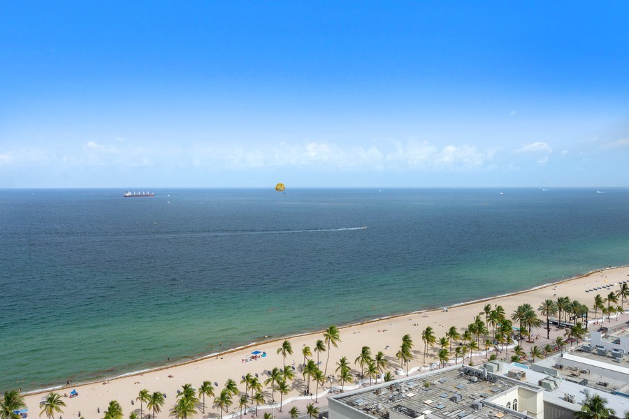 Real Estate Photography - 101 S. Fort Lauderdale Beach Blvd, APARTMENT 2107, FORT LAUDERDALE, FL, 33316 - Ocean View
