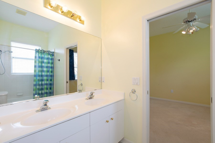 Real Estate Photography - 445 Hightower, DeBary, FL, 32713 - 4th Bathroom