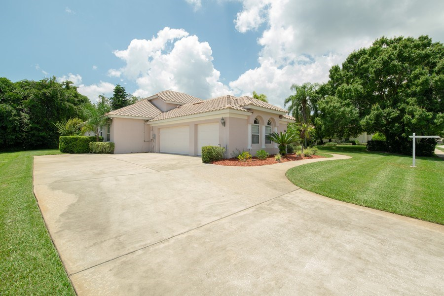 Real Estate Photography - 445 Hightower, DeBary, FL, 32713 - Front View