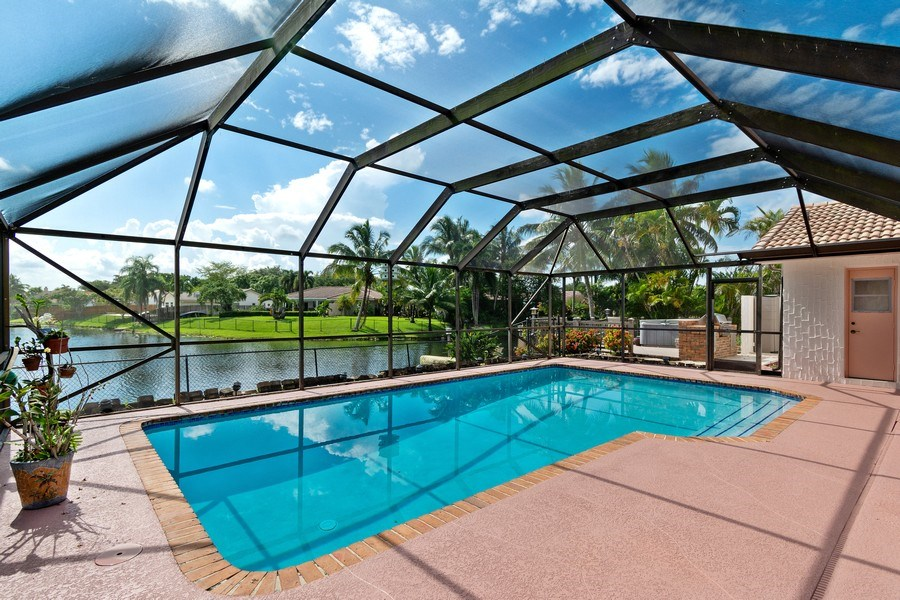 Real Estate Photography - 1430 NW 99th Ave, Plantation,, FL, 33322 - Pool