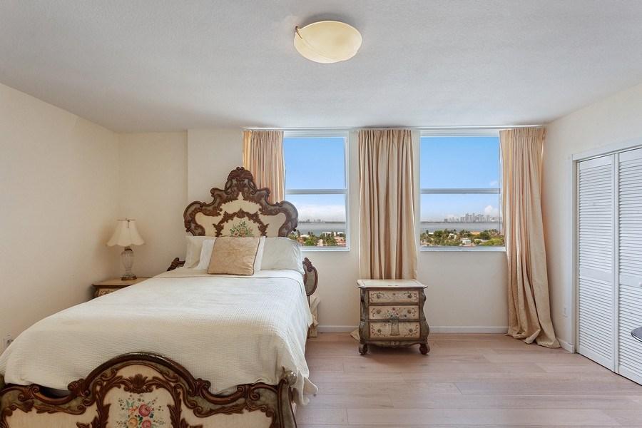 Real Estate Photography - 1625 Kennedy Causeway, Apt.1001E, North Bay Village, FL, 33141 - Bedroom