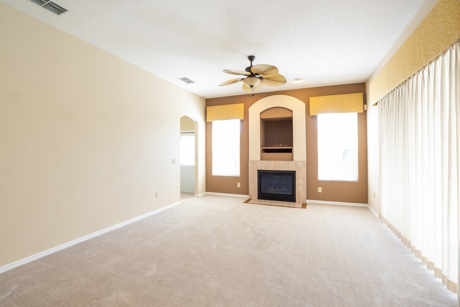 Real Estate Photography - 1187 Falling Pine, Winter Springs, FL, 32708 - FAMILY ROOM & FIREPLACE