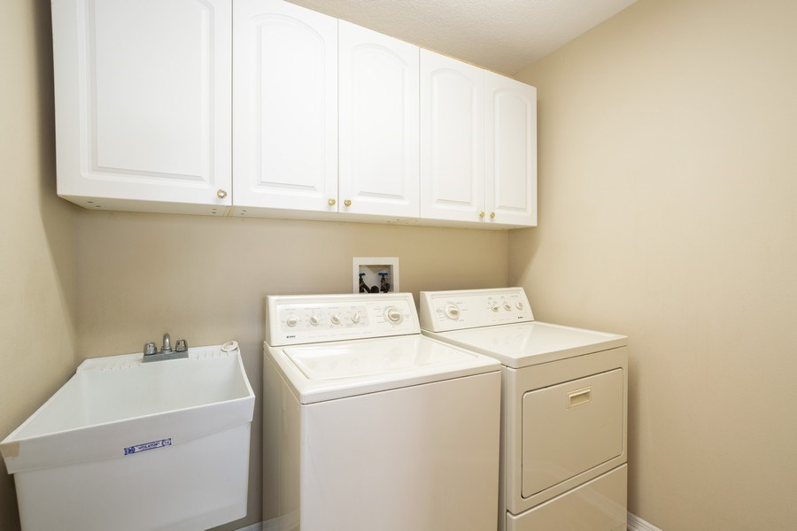 Real Estate Photography - 1187 Falling Pine, Winter Springs, FL, 32708 - LAUNDRY ROOM