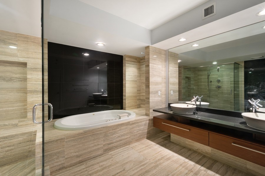 Real Estate Photography - 101 S Fort Lauderdale Beach Blvd, Apt 1803, Fort Lauderdale, FL, 33301 - Master Bathroom