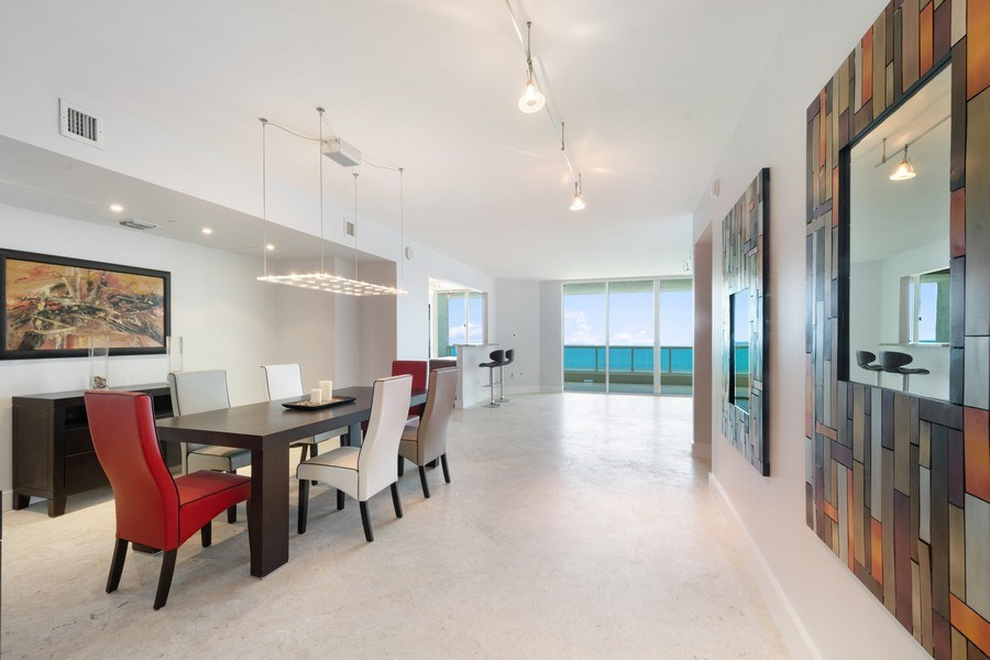 Real Estate Photography - 101 S Fort Lauderdale Beach Blvd, Apt 1803, Fort Lauderdale, FL, 33301 - Dining Room