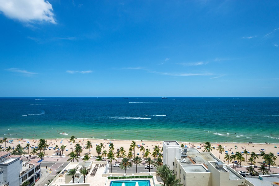 Real Estate Photography - 101 S Fort Lauderdale Beach Blvd, Apt 1803, Fort Lauderdale, FL, 33301 - Front View
