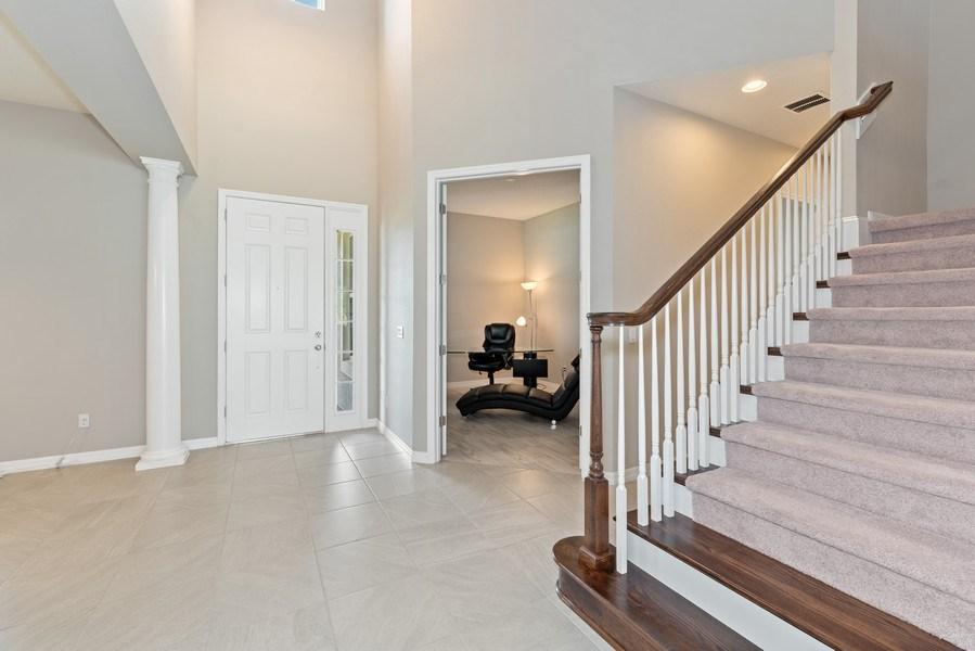 Real Estate Photography - 13647 Killefew Way, Winter Garden, FL, 34787 - Foyer