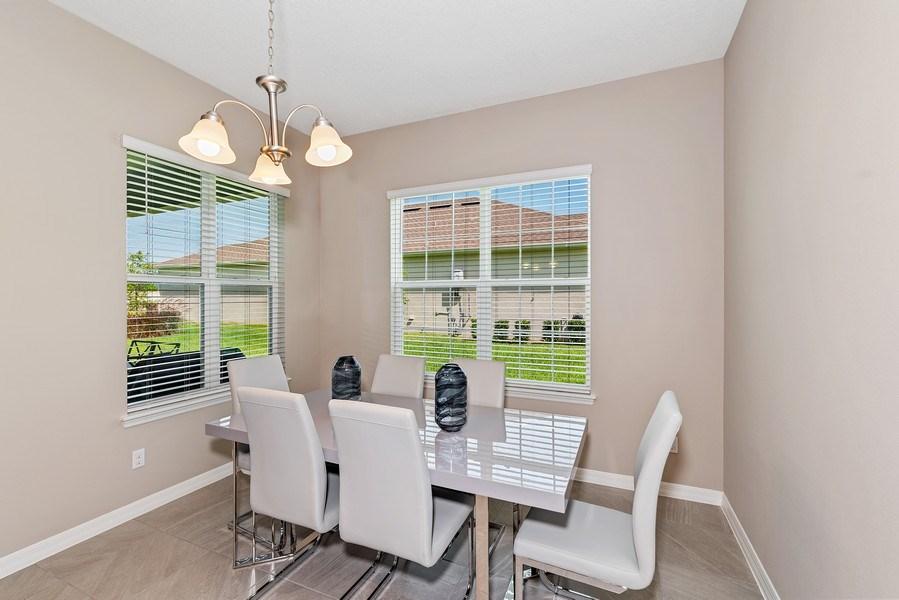 Real Estate Photography - 13647 Killefew Way, Winter Garden, FL, 34787 - Breakfast Nook