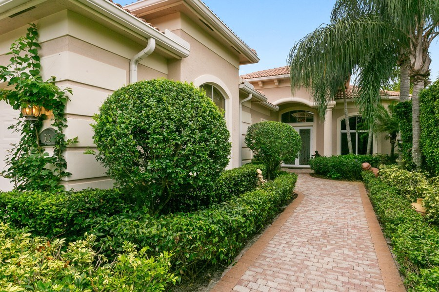 Real Estate Photography - 312 Porto Vecchio Way, Palm Beach Gardens, FL, 33418 - Front View