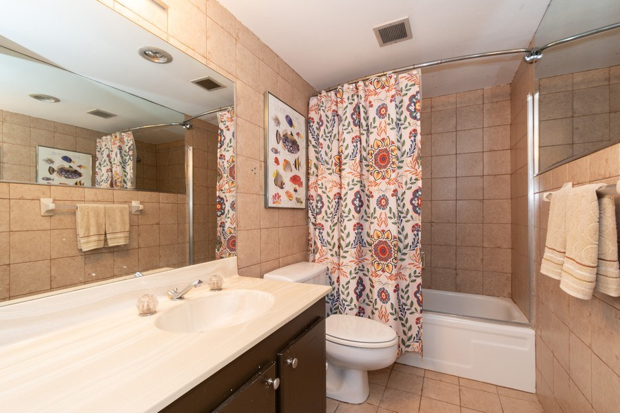 Real Estate Photography - 1301 River Reach Dr, Unit 211, Fort Lauderdale, FL, 33315 - Bathroom
