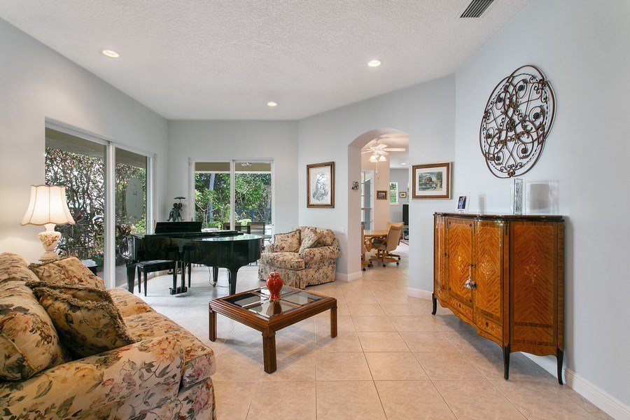 Real Estate Photography - 735 Charlestown Circle, Palm Beach Gardens, FL, 33410 - Living Room