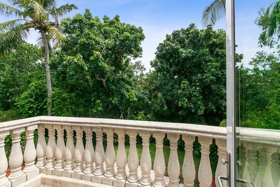 Real Estate Photography - 735 Charlestown Circle, Palm Beach Gardens, FL, 33410 -