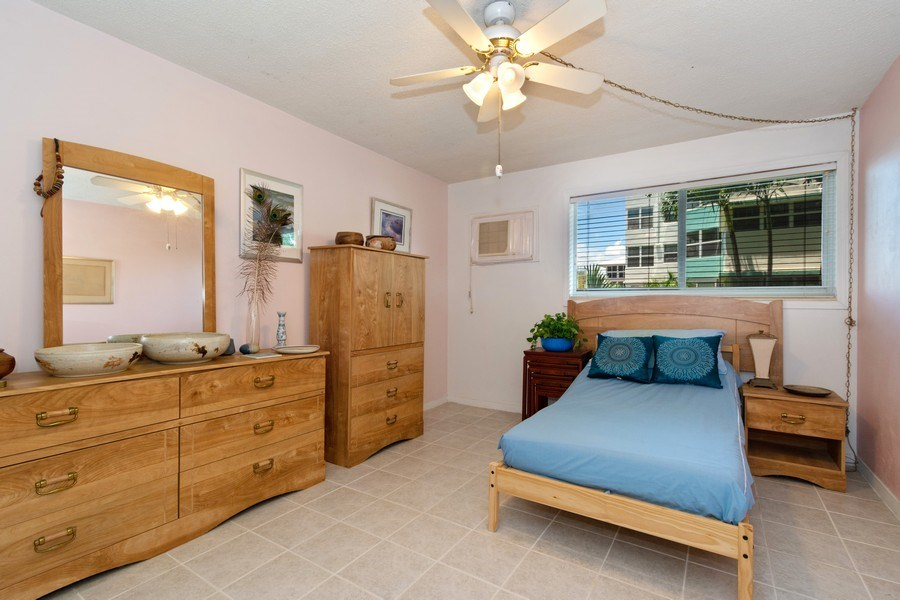 Real Estate Photography - 2825 NE 33rd Ave, Unit 103, Fort Lauderdale, FL, 33308 - Master Bedroom