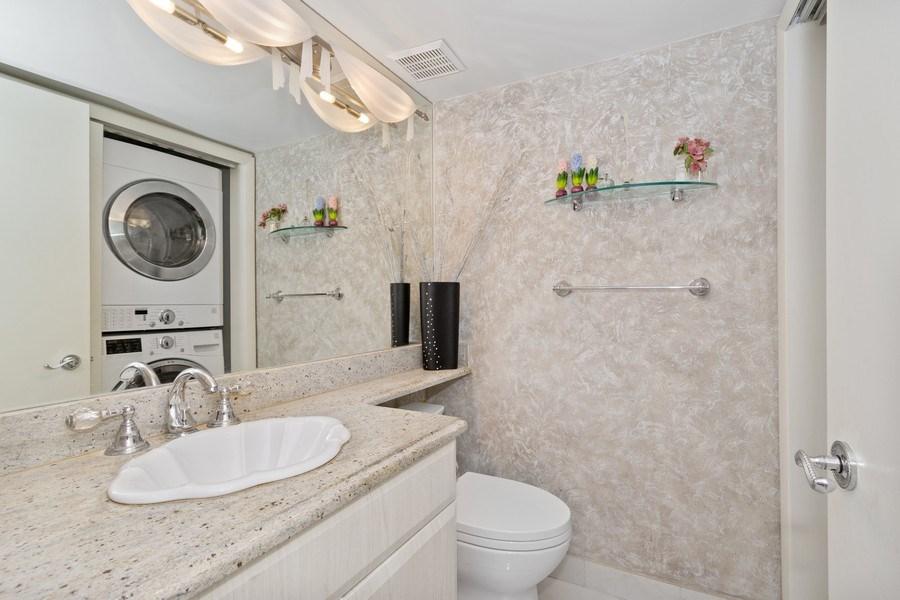 Real Estate Photography - 19195 Mystic Pointe Dr, Apt 2202, Aventura, FL, 33180 - Half Bath