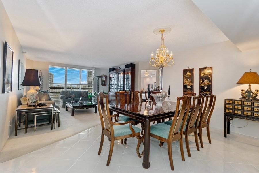 Real Estate Photography - 19195 Mystic Pointe Dr, Apt 2202, Aventura, FL, 33180 - Living Room / Dining Room
