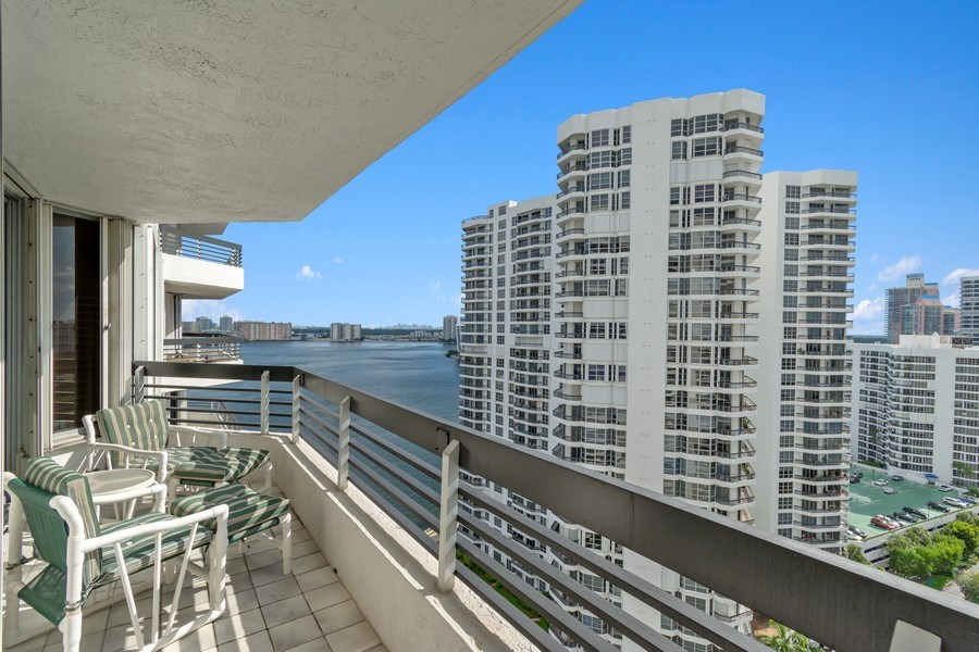 Real Estate Photography - 19195 Mystic Pointe Dr, Apt 2202, Aventura, FL, 33180 - Balcony