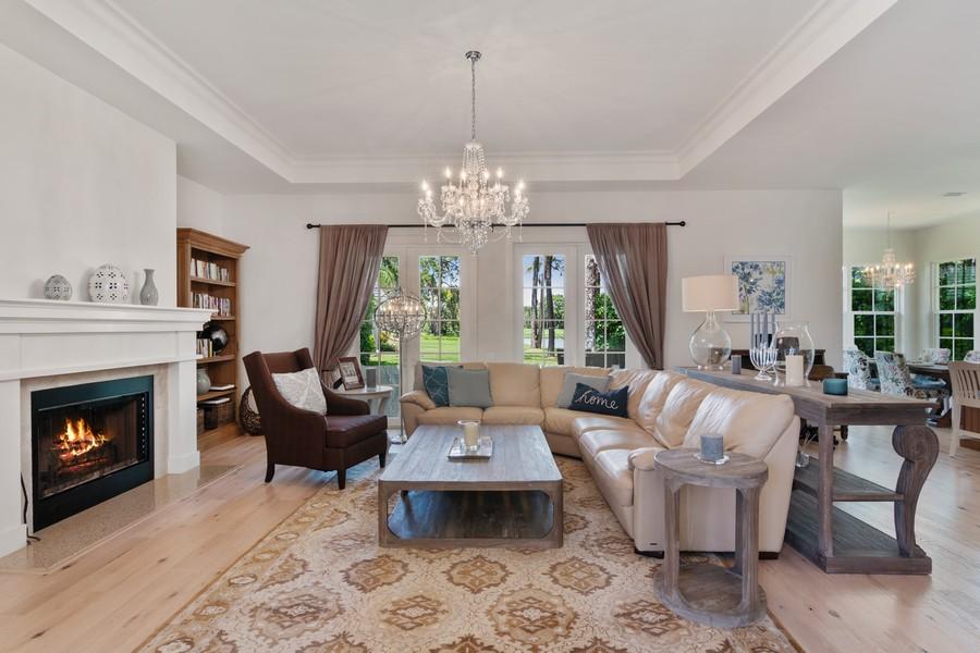 Real Estate Photography - 402 Walls Way, Osprey, FL, 34229 - Living Room