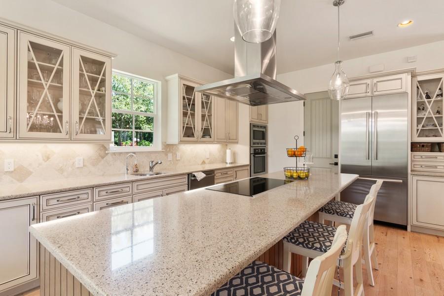 Real Estate Photography - 402 Walls Way, Osprey, FL, 34229 - Kitchen