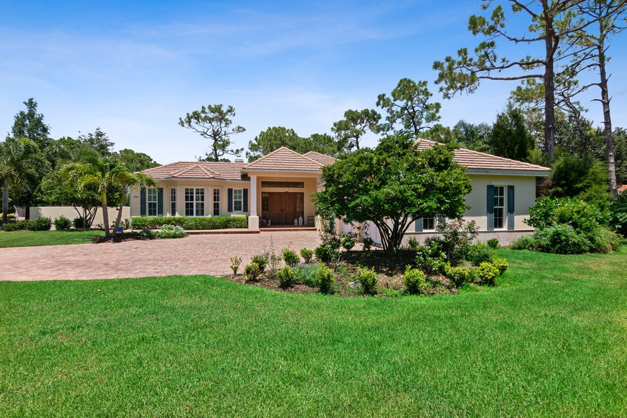 Real Estate Photography - 402 Walls Way, Osprey, FL, 34229 - Front View