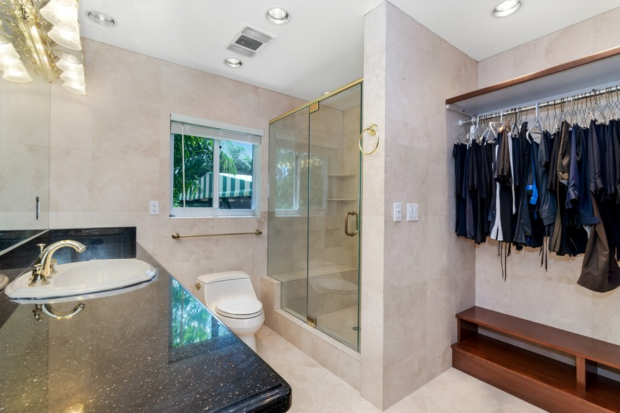 Real Estate Photography - 2789 NE 37th Dr, Fort Lauderdale, FL, 33308 - Bathroom