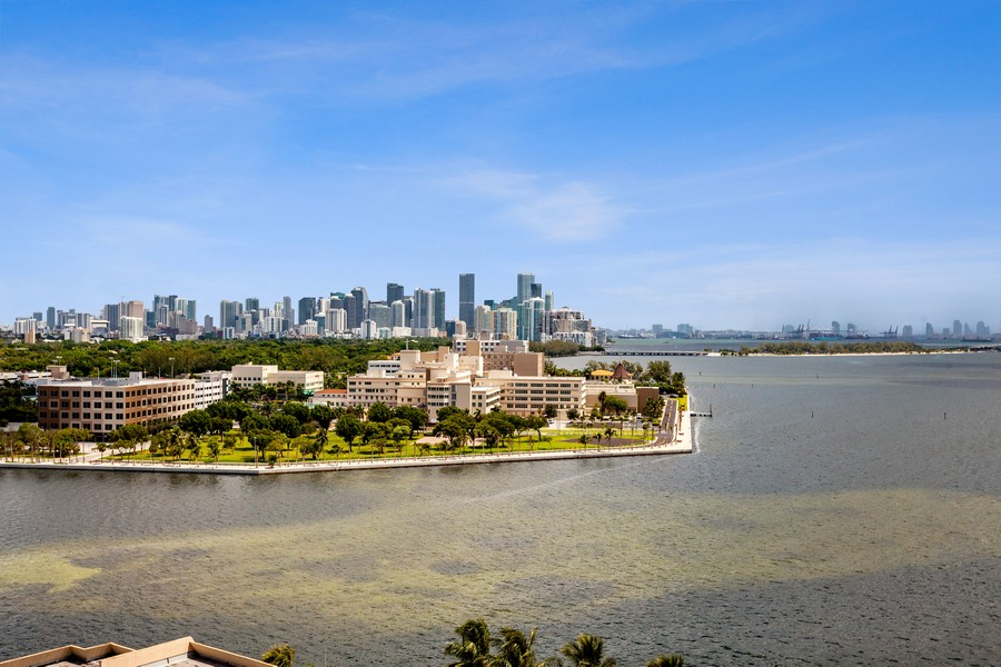 Real Estate Photography - 3 Grove Isle Dr. #C1703, Miami, FL, 33133 - View