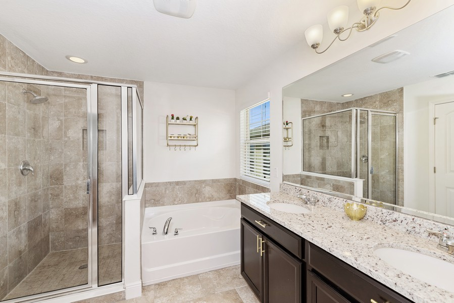Real Estate Photography - 10562 Green Ivy Lane, Orlando, FL, 32832 - Master Bathroom