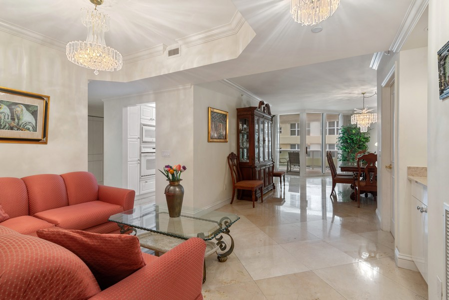 Real Estate Photography - 4775 Collins Ave., Unit 504, Miami Beach, FL, 33140 - Entryway