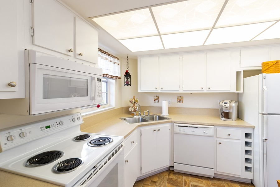 Real Estate Photography - 18081 SE Country Club Drive #303, Tequesta, FL, 33469 - Kitchen