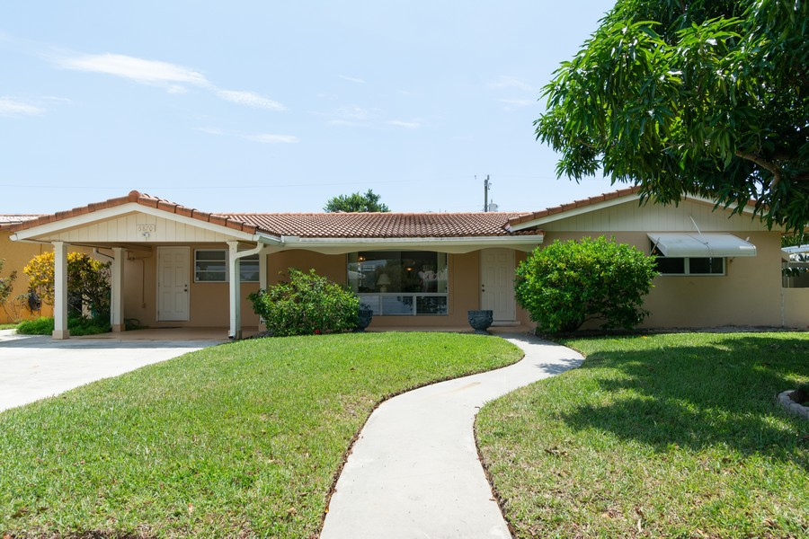 Real Estate Photography - 5870 NE 21 Ln, Fort Lauderdale, FL, 33308 - Front View
