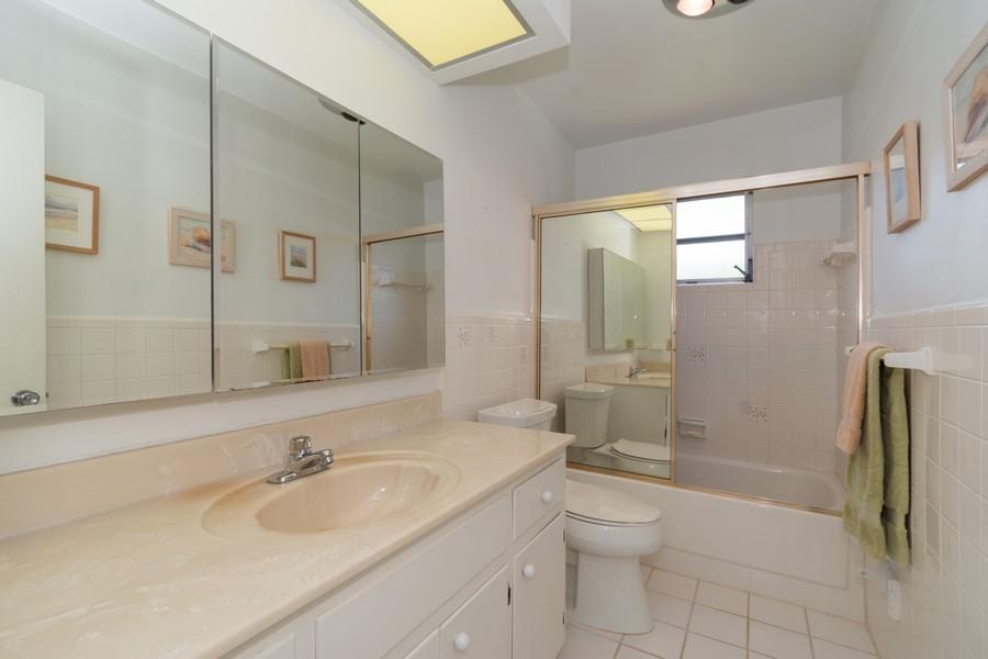 Real Estate Photography - 5870 NE 21 Ln, Fort Lauderdale, FL, 33308 - Bathroom