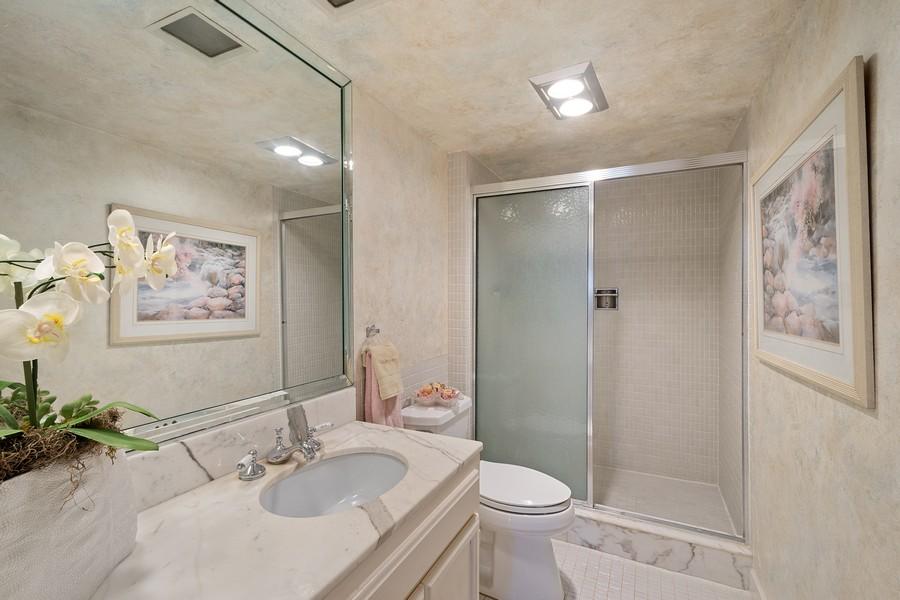 Real Estate Photography - 3750 GALT OCEAN DRIVE UNIT 407, FORT LAUDERDALE, FL, 33304 - 2nd Bathroom