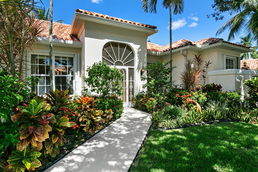 Real Estate Photography - 2705 Hancock Creek Road, West Palm Beach, FL, 33411 - Entryway