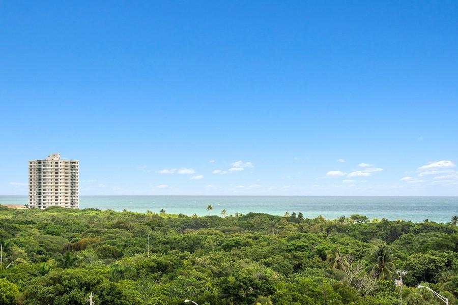 Real Estate Photography - 2845 NE 9th St, Unit 905, Fort Lauderdale, FL, 33304 - Ocean & Park Views