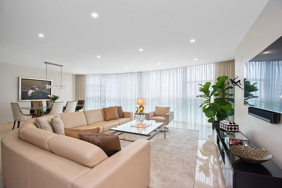 Real Estate Photography - 2845 NE 9th St, Unit 905, Fort Lauderdale, FL, 33304 - Living Room