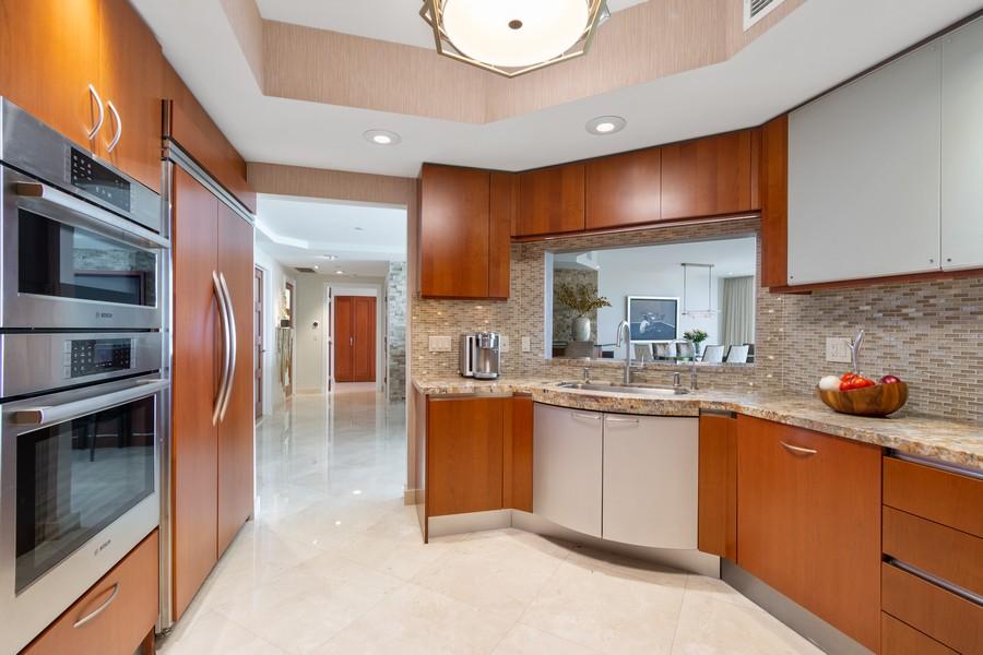Real Estate Photography - 2845 NE 9th St, Unit 905, Fort Lauderdale, FL, 33304 - Kitchen