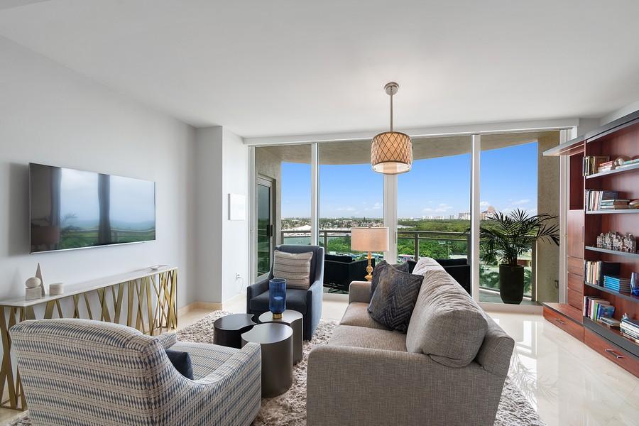 Real Estate Photography - 2845 NE 9th St, Unit 905, Fort Lauderdale, FL, 33304 - Master Bedroom #2