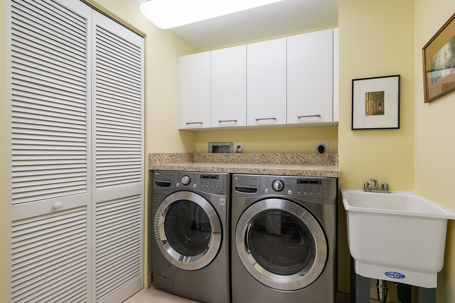 Real Estate Photography - 2845 NE 9th St, Unit 905, Fort Lauderdale, FL, 33304 - Laundry Room