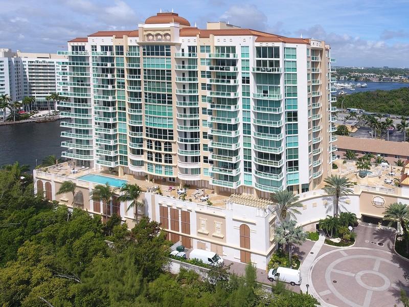 Real Estate Photography - 2845 NE 9th St, Unit 905, Fort Lauderdale, FL, 33304 - Le Club (66 Units)