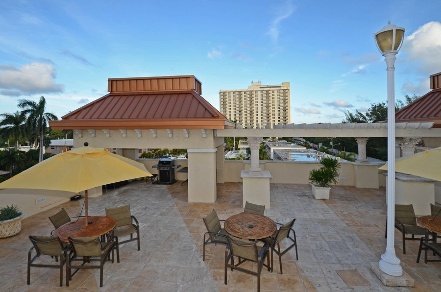 Real Estate Photography - 2845 NE 9th St, Unit 905, Fort Lauderdale, FL, 33304 - Barbeque Area