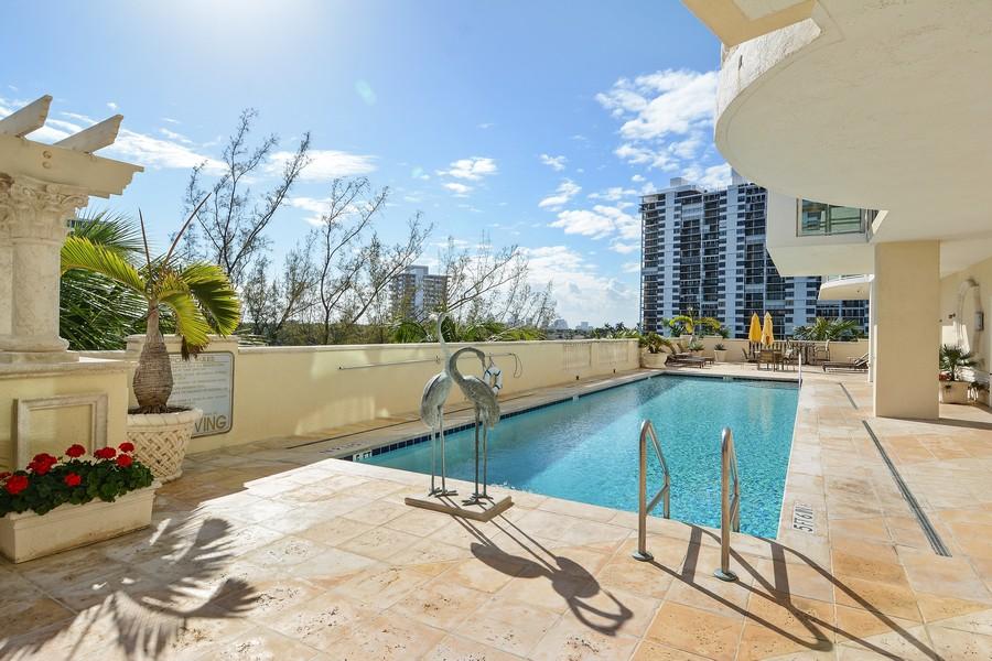 Real Estate Photography - 2845 NE 9th St, Unit 905, Fort Lauderdale, FL, 33304 - Pool