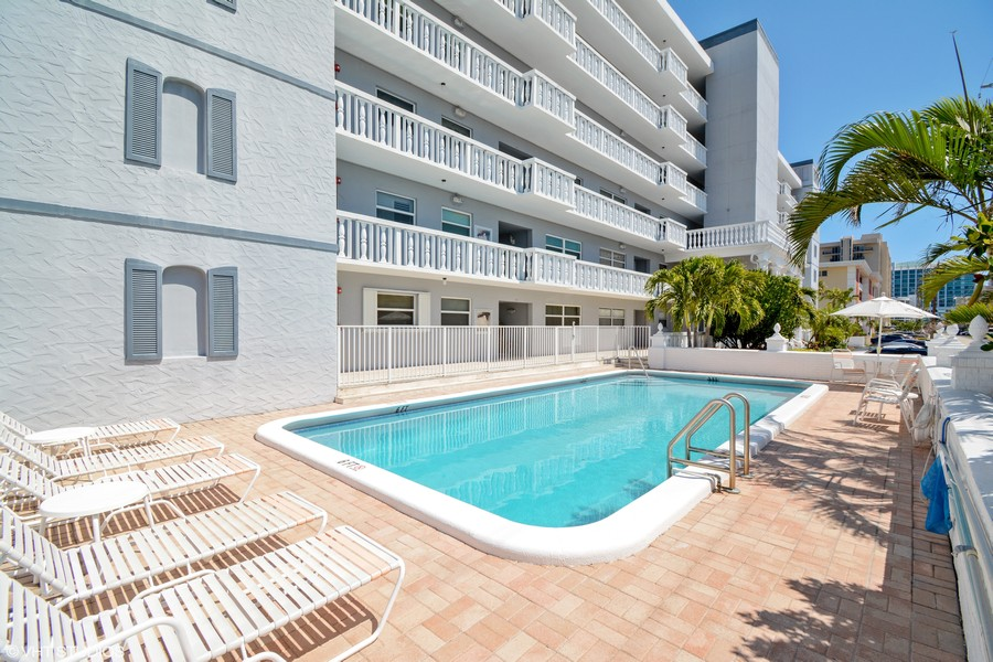Real Estate Photography - 2829 NE 33 Ct, Unit 401, Fort Lauderdale, FL, 33306 - Pool