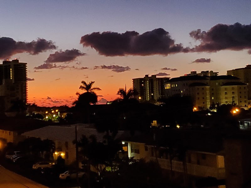 Real Estate Photography - 2829 NE 33 Ct, Unit 401, Fort Lauderdale, FL, 33306 - Sunset 1