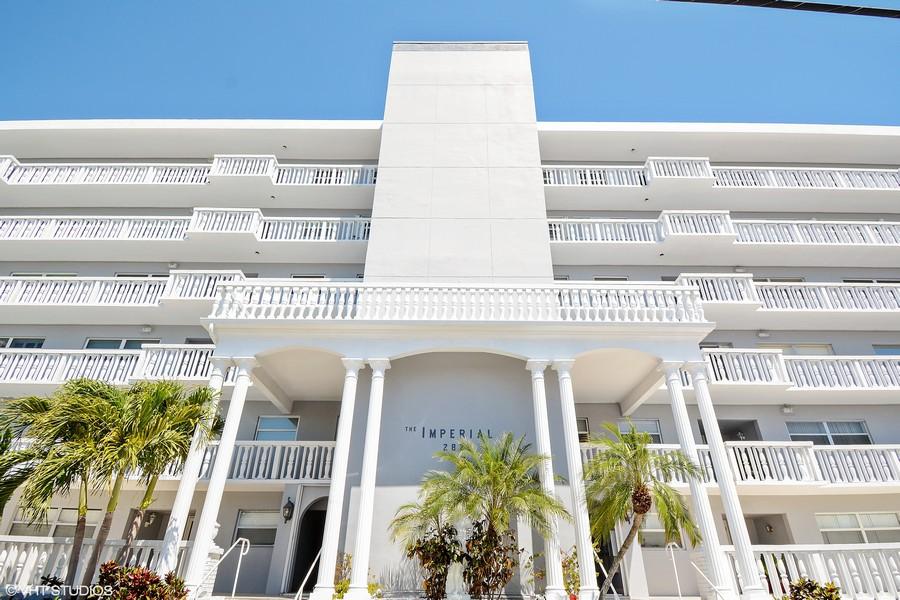 Real Estate Photography - 2829 NE 33 Ct, Unit 401, Fort Lauderdale, FL, 33306 - Main Entrance
