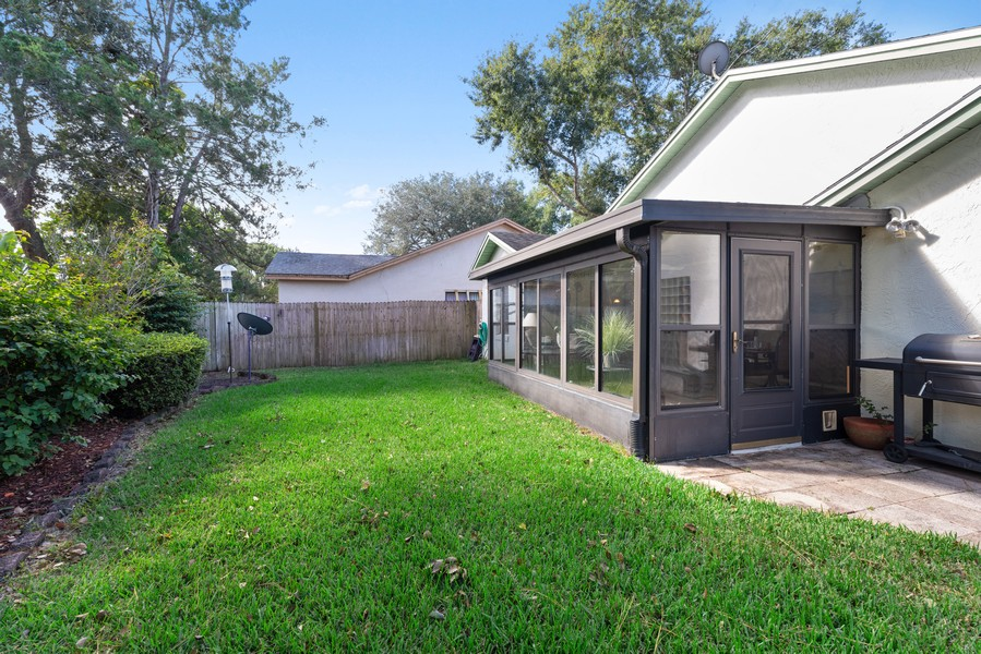 Real Estate Photography - 1647 Wild Fox Drive, Casselberry, FL, 32707 - Back Yard